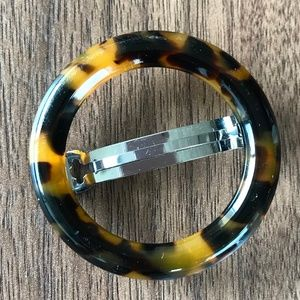 J. Crew Accessories - J.Crew Tortoise Circle Barrette